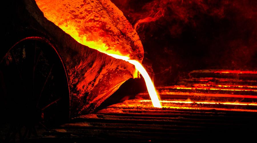 Mysteel专访:钢市不宜盲目乐观 减产压力继续加大