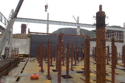河北迁安450万吨/年棒线加热炉炉底钢结构安装完工